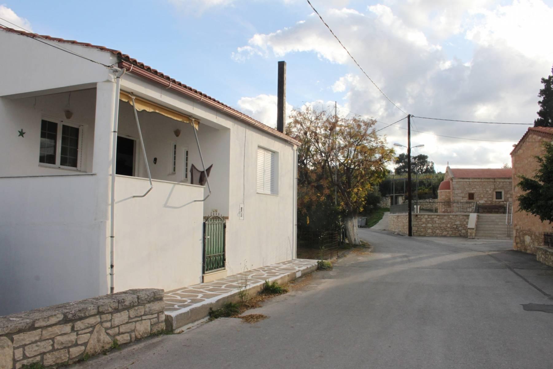 Skordilo village house