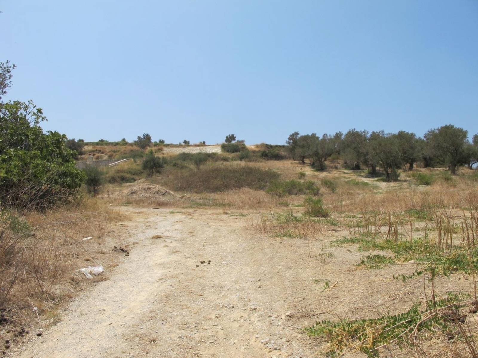 Two plots 3 km from Rethymno