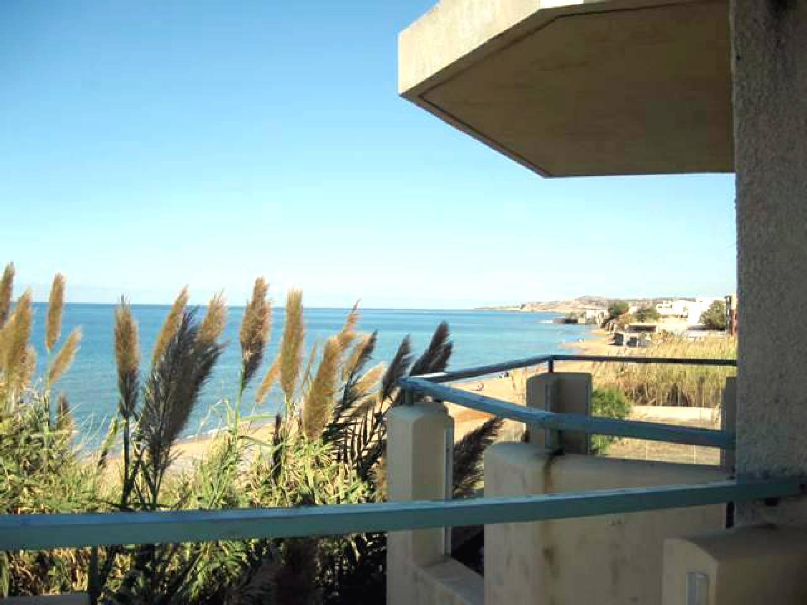 Beach hotel in Sfakaki