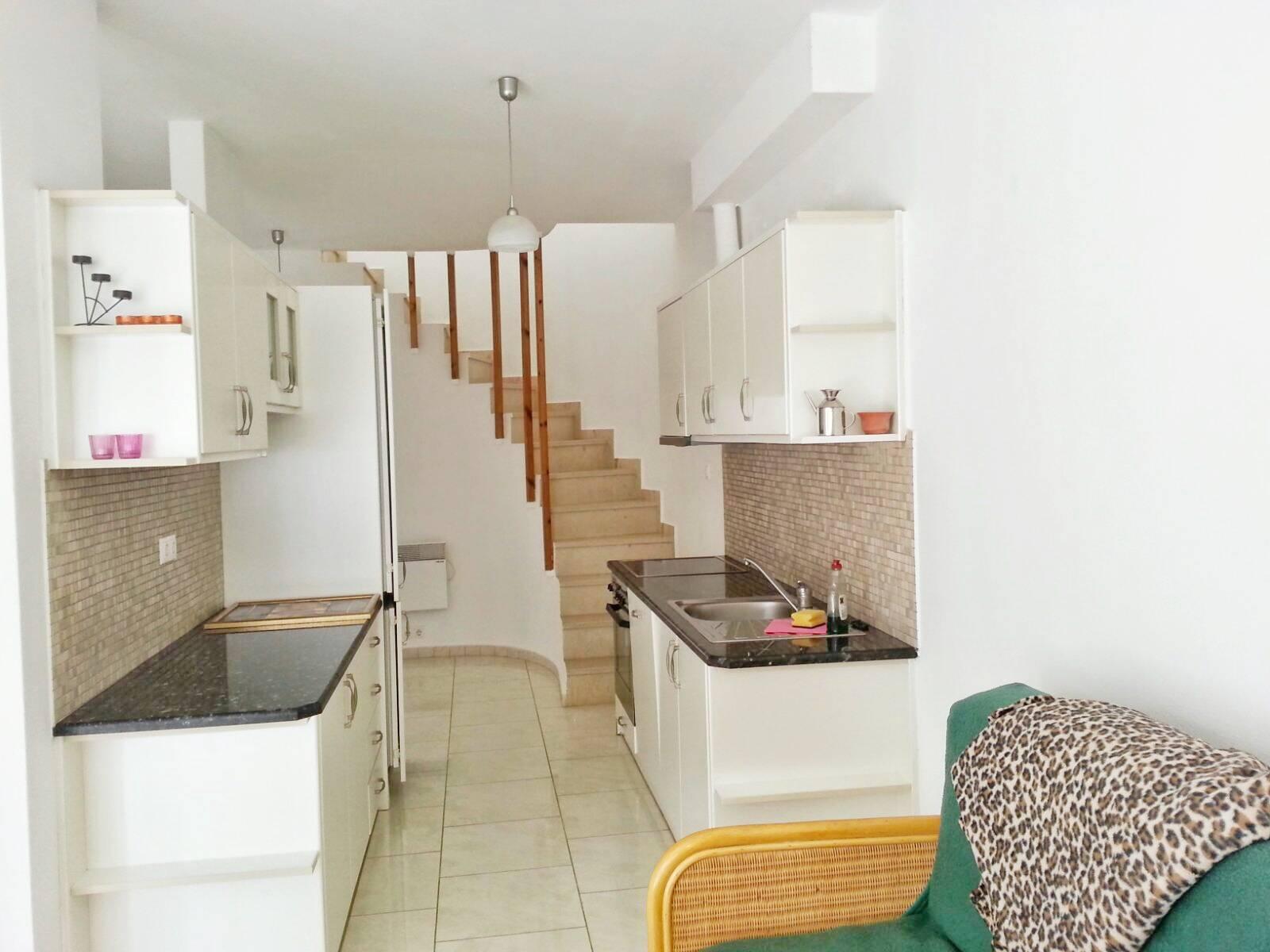 Plakoti apartment 12